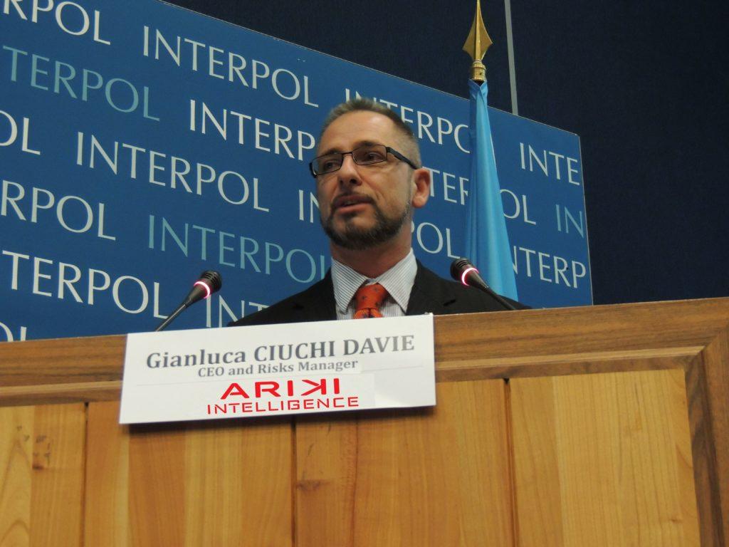 Congreso sobre tráfico ilícito de vehículos en Lion